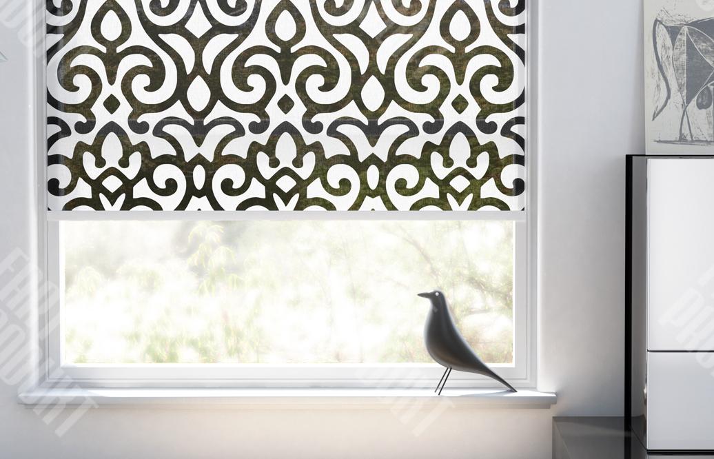 okienna roleta materiałowa, wzór geometryczny