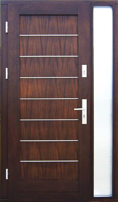 drzwi z drewna, model Aleksander, szklana dostawka z matową szybą, okucia antywłamaniowe