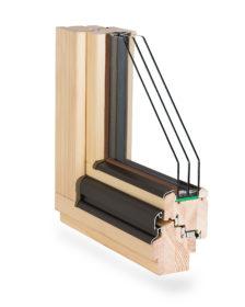 ciepłe okno drewniane z termookapnikiem