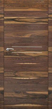 drzwi lakierowane z drewna