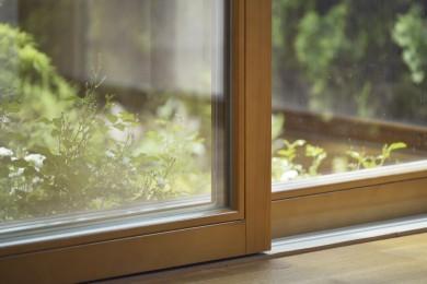 okno z drewna przesuwne typu patio